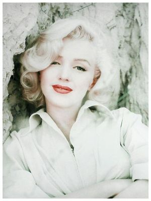 Marilyn monroe short hair